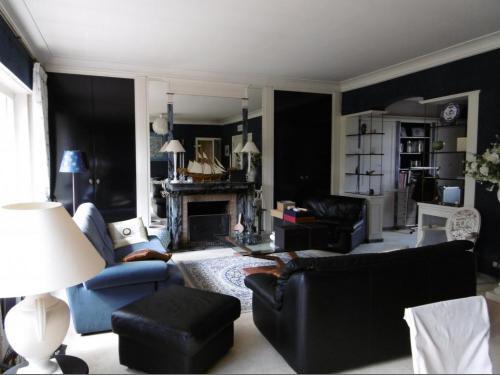 la maison barbieux croix barbieux with la maison barbieux le centre du parc barbieux situ. Black Bedroom Furniture Sets. Home Design Ideas